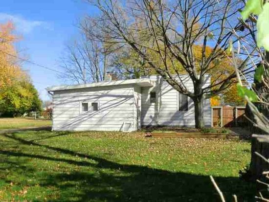 713 S 14th St, Goshen, IN 46526