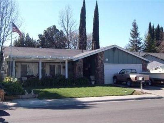 745 Heather Ln, Woodland, CA 95695