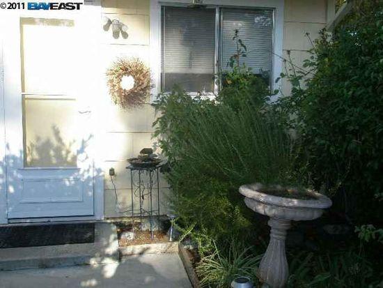 1157 Spring Valley Cmn, Livermore, CA 94551