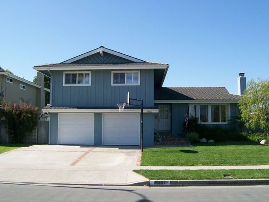 17351 Almelo Ln, Huntington Beach, CA 92649