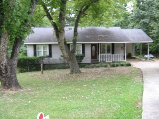 3016 Summer Lake Dr, Gainesville, GA 30506