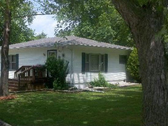 601 Sunshine St, Mountain Grove, MO 65711