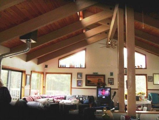 31617 Lynx Hollow Rd, Creswell, OR 97426