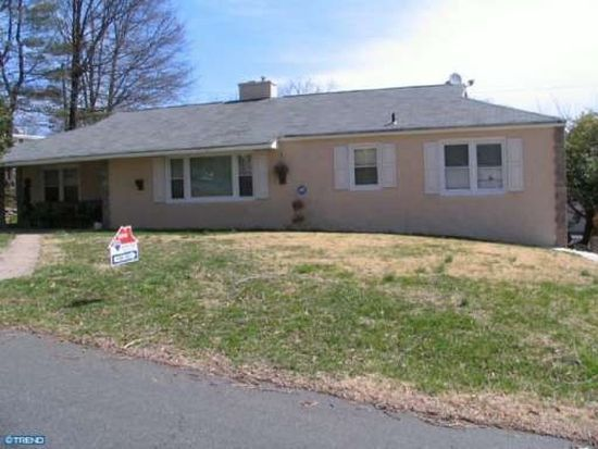 121 Windswept Dr, Feasterville Trevose, PA 19053
