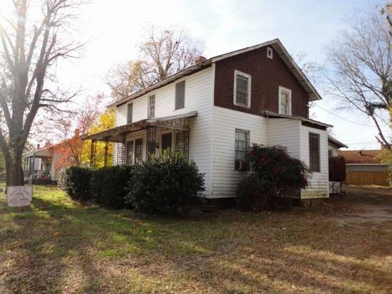 310 Riverview Ave, Hopewell, VA 23860