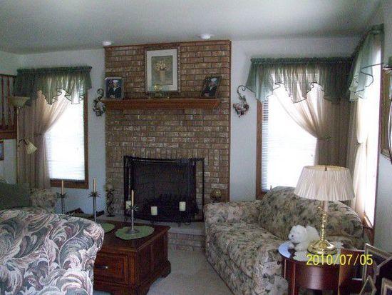 19321 Brannock Ln, Tinley Park, IL 60487