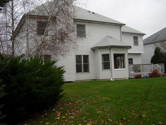 2320 Cloverdale Rd, Naperville, IL 60564