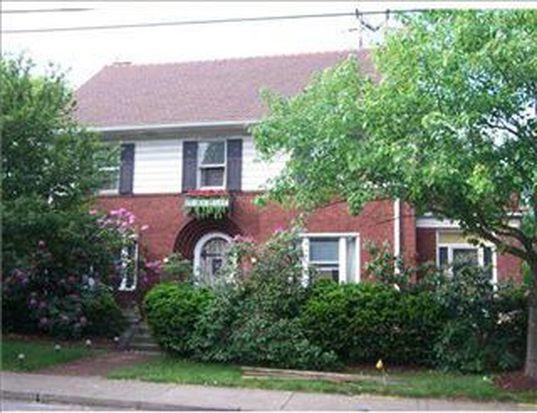 12 Hazel Dr, Pittsburgh, PA 15228