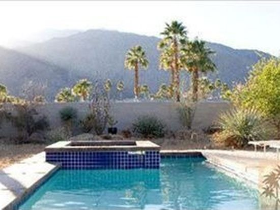 691 Dunes Ct, Palm Springs, CA 92264
