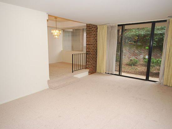 2113 Walsh View Ter # 9-102, Silver Spring, MD 20902