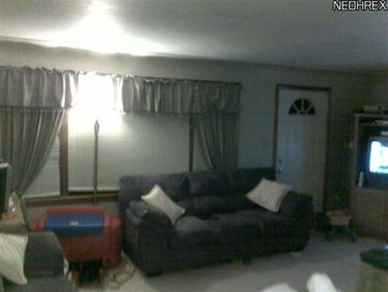 3889 Burkey Rd, Youngstown, OH 44515