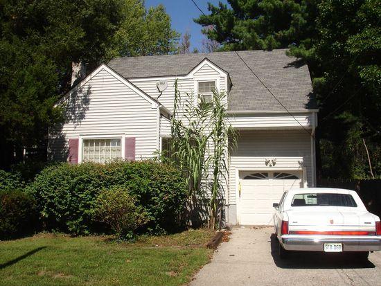 1816 E 135th St, Grandview, MO 64030