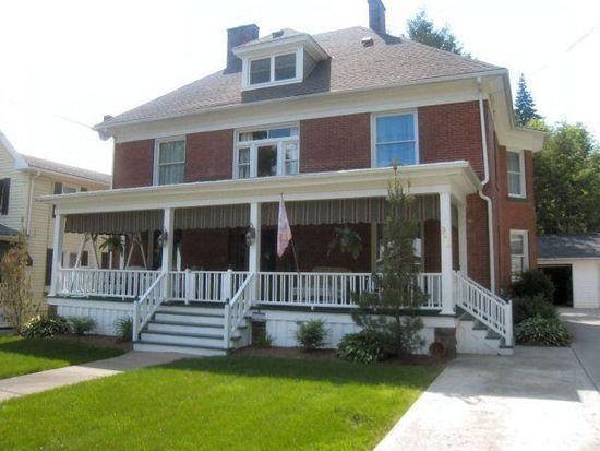 956 Grove St, Meadville, PA 16335
