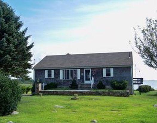 202 Hoxsie Ave, Charlestown, RI 02813