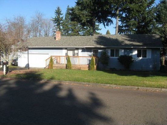 8863 SE Casablanca Ct, Clackamas, OR 97015