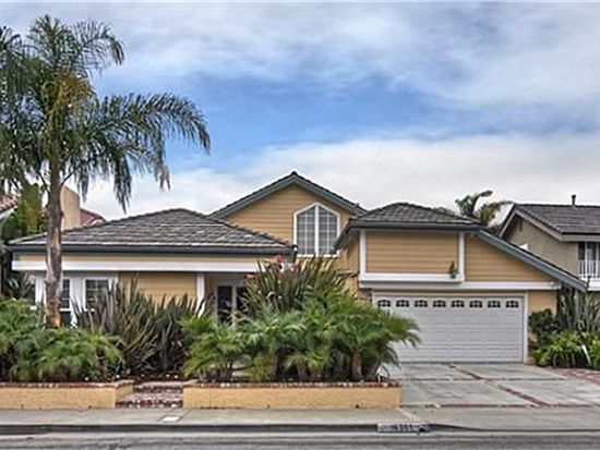 16301 Walrus Ln, Huntington Beach, CA 92649