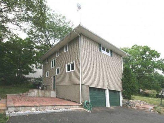 30 Stonegate Rd, Ossining, NY 10562