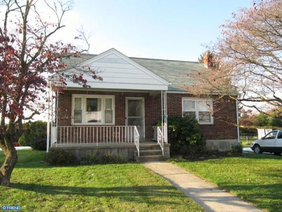 2805 Garfield Ave, West Lawn, PA 19609