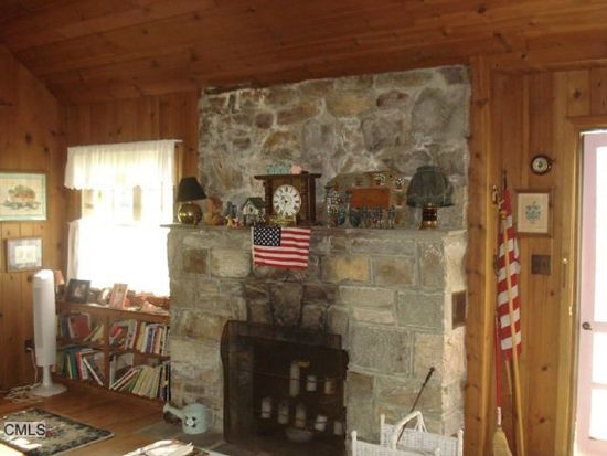 51 Indian Trl, Brookfield, CT 06804