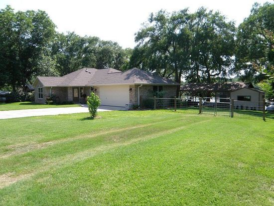 129 Dolly Dr, Mabank, TX 75156