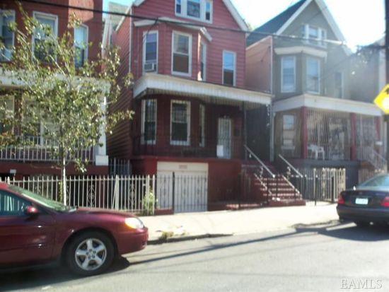 2732 Creston Ave, Bronx, NY 10468