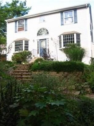 25 Dolly Pond Rd, Exeter, RI 02822
