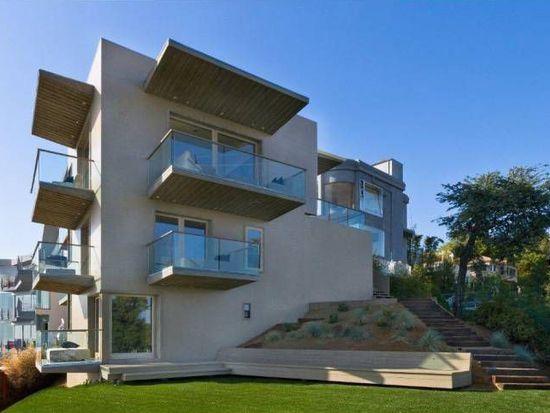1600 Viewmont Dr, Los Angeles, CA 90069