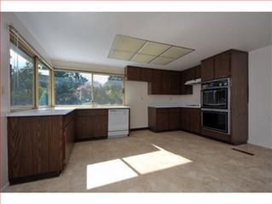 1686 Peony Ln, San Jose, CA 95124