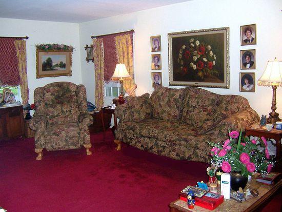 43 Marchmont Ln, Willingboro, NJ 08046