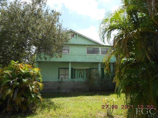 3836 Woodside Ave, Fort Myers, FL 33916