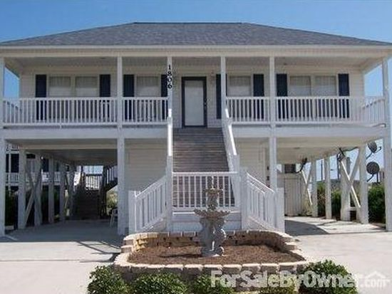 1806 N New River Dr, Surf City, NC 28445