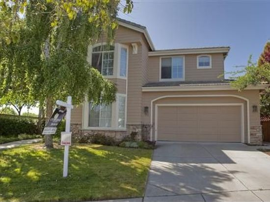 911 Bayberry Ln, Redwood City, CA 94065