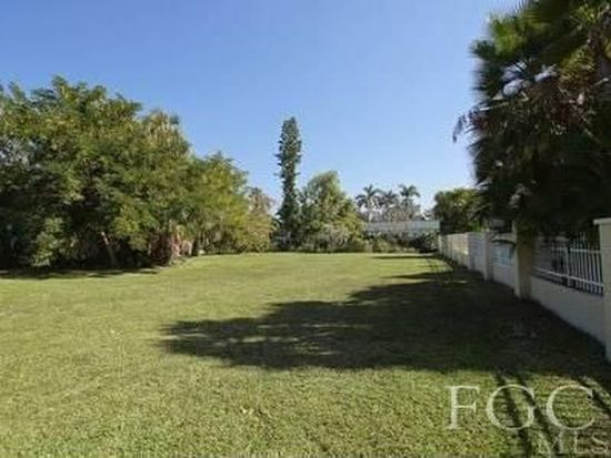 67 Wolcott Dr, North Fort Myers, FL 33903