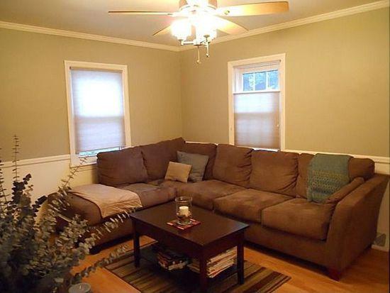 176 Bunns Ln, Woodbridge, NJ 07095