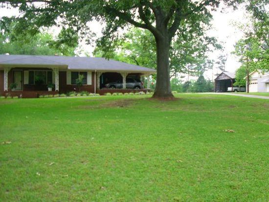 523 Parkdale Dr, Hartwell, GA 30643