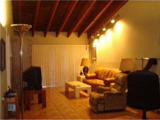 2281 Chestnut Ct, Pembroke Pines, FL 33026
