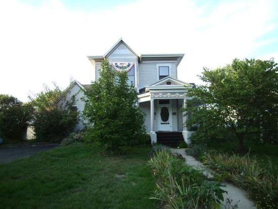 746 E Illinois Ave, Morris, IL 60450