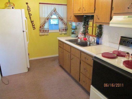 229 Goodman Ln, Johnstown, PA 15905