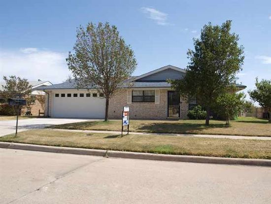 406 SW 74th St, Lawton, OK 73505