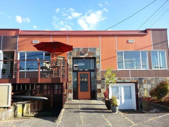2428 Alki Ave SW, Seattle, WA 98116