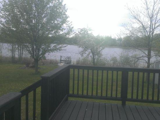 16132 Softwater Lake Dr, Linden, MI 48451
