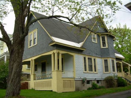 182 Willard St, Berlin, NH 03570