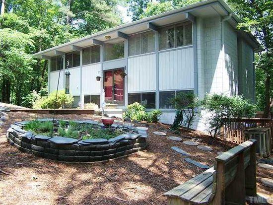 2 Chatham Ln, Chapel Hill, NC 27514
