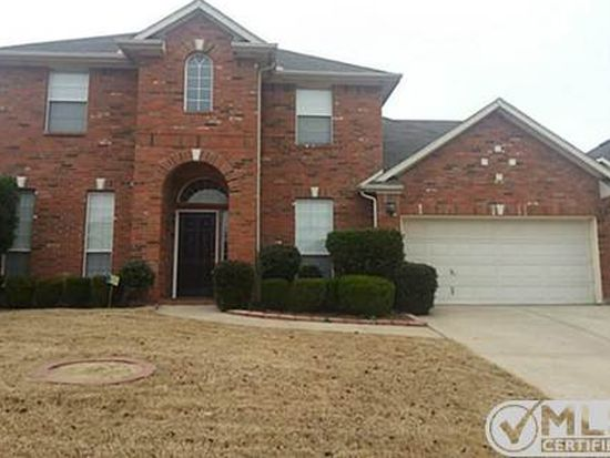2732 Falcon Trl, Grand Prairie, TX 75052