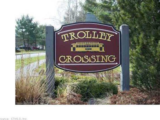 69 Trolley Crossing Ln, Middletown, CT 06457