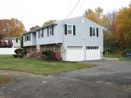 4 Jason Ln, Peabody, MA 01960