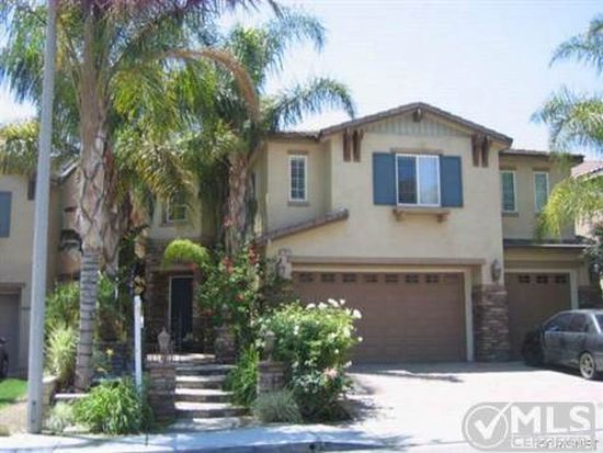 17811 Wren Dr, Canyon Country, CA 91387