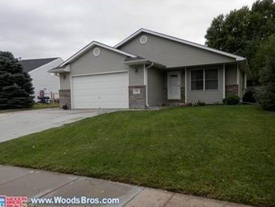 507 Stagecoach Ave, Hickman, NE 68372