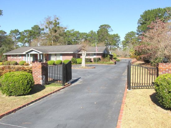 108 Holly Trl, Moultrie, GA 31768