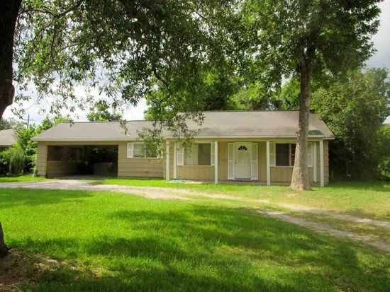 5570 Midford Dr, Beaumont, TX 77707